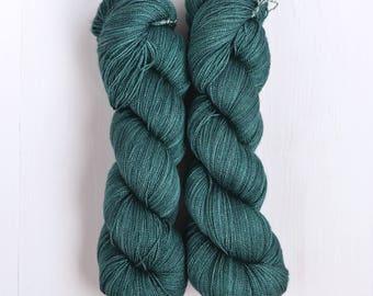 Hand Dyed Papiput Silky Merino Lace High Twist Yarn - Kalimantan