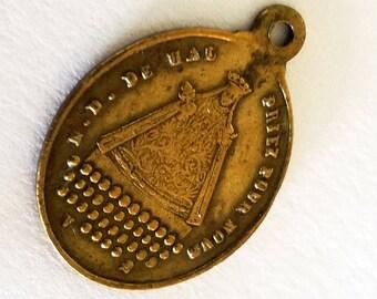 Ancienne médaille religieuse Notre Dame de Hal. Vierge noire des années 1800 Français
