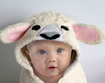 Hooded Towel / Lamb / Sheep / Baby Gift / Animal Towel / Personalized Baby Towel / Baby Shower / Baby / Toddler