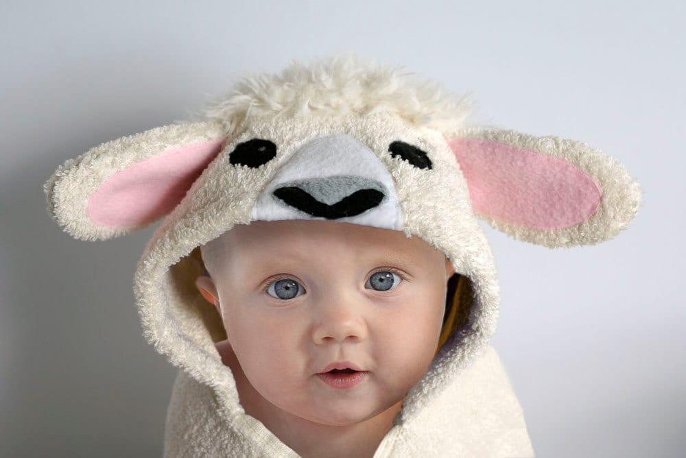 Hooded towel lamb sheep baby gift animal towel zoom negle Images
