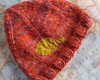 adult woolly hat leaf motif pixie point