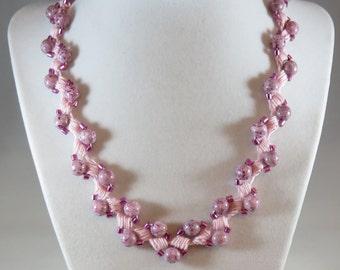 Dark pink bead crochet necklace