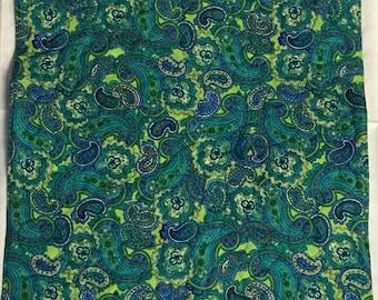 "American Girl Doll Quilt, turquoise et vert réversible quilt, courtepointe paisley, 17 ""x 21»"