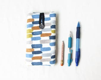 IPhone 8 cover, IPhone 7 sleeve, fabric phone sleeve, padded phone cover, Iphone 6, 7 or 8, samsung galaxy s7 or s8, handmade in the UK