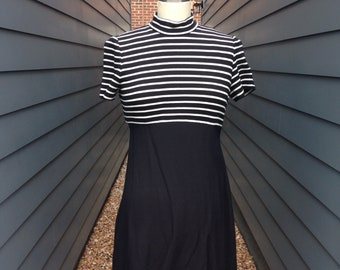 Vintage Striped Mock Neck Dress // Vintage Striped Dress // 1990s Dress