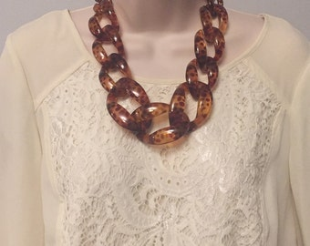 Tortoise Shell Leopard Chunky Chain Lucite Link Housewife Resin Statement Necklace