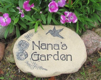 Nana gift, personalized Nana sign with hummingbird garden stone. Nana Flower, vegetable or plant marker, Mothers Day garden decor for Nana