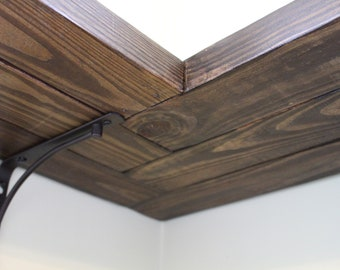 "Corner Shelf w/ Herringbone Design (Length: 39"" - 55"")"