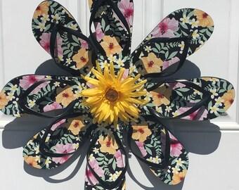 Flower flip flop wreath