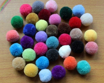 30pcs Multi Colors Yarn Pom Poms 20mm Handmade Wool Yarn Pom Pom Balls Cashmere Felt Balls DIY Craft Project,Home Decor Supplies