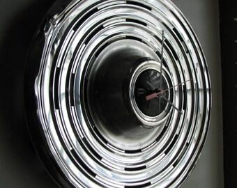 1969 Pontiac Hubcap Clock no. 1822