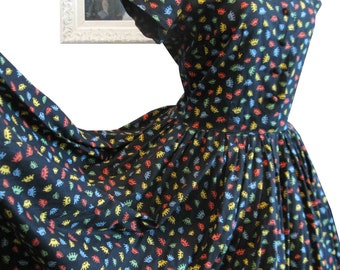 Royal 1950's Atomic Novelty Print Colourful Crowns on Black Dress Full Skirt