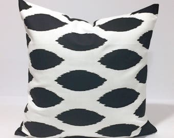 Black and White Home Decor Throw Pillow Cover, Black navette pattern on White Background Lumbar, Euro, Sham, Kidney Pillow Case