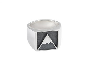 SNOWY MOUNTAIN Handmade sterling silver SEAL ring