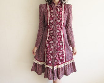 Vintage Maroon Floral Hippie Boho Dress with Lace Detailing