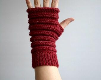 Crochet pattern, Instant Download crochet arm warmer pattern, wrist warmer crochet pattern, fingerless glove pattern (244)