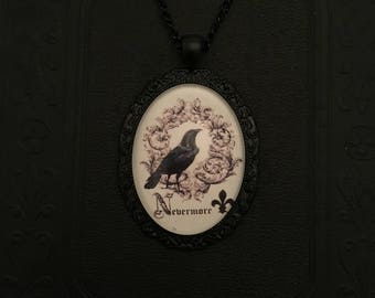 Large Nevermore pendant necklace