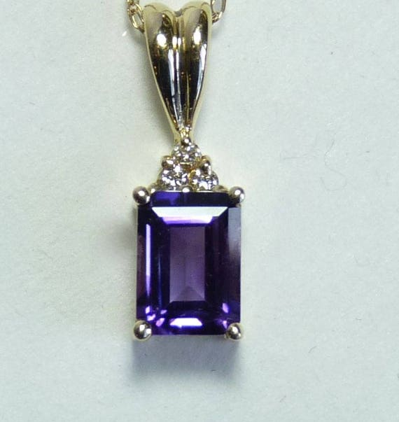 AMETHYST PENDANT NECKLACE ~ 14k Yellow Gold Amethyst and Diamond Accent Pendant With 18 Inch 14K Gold Chain ~ Vintage ~ February Birthstone