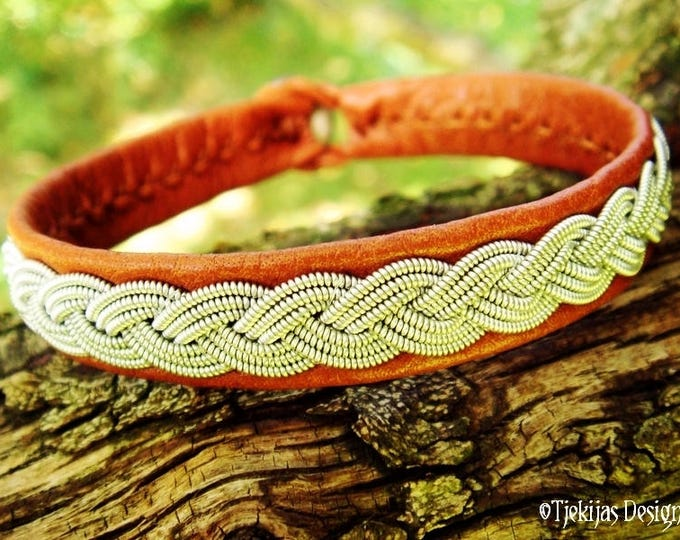EDDA Viking Braid Sami Bracelet in bark tanned Reindeer Leather with Spun Pewter Wire and Antler Closure