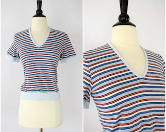 Vintage 1970's retro striped tee shirt / cropped v-neck tshirt