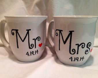 Wedding Coffee Mugs with Date of Wedding, Mr and Mrs Coffee Mug Set, Wedding Gift, Bride and Groom Mugs
