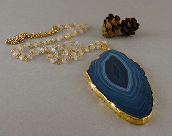 Long Blue Ombre Agate Geode Slice Stone Necklace in Gold and Gray Moonstone Stone and Pearl Chain
