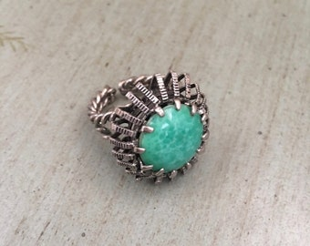 Vintage Silver Tone Green Stone Ring