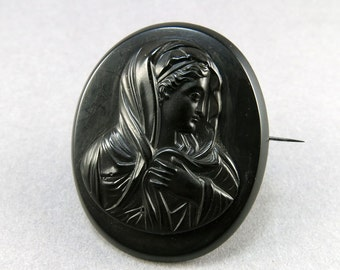 Antique Cameo Brooch Mourning Jewelry Vulcanite Jewelry Victorian Jewellery Antique Jewelry Antiques Collectibles
