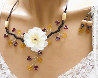 Yellow Topaz and Garnet set flower SIN