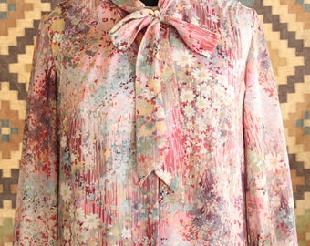 pink plus size shift dress with sheer tunic jacket, pussybow dress . 1970s vintage volup watercolor floral dress XL 1X 2X