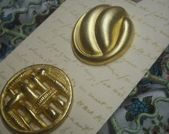 Mixed Goldtone Reclaimed Button Set for Upcycled Projects