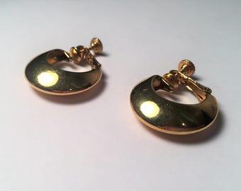 Vintage Napier Clip On Earrings, Gold Tone Hoop Clip Ons, Napier Hoop Earrings, Vintage Jewelry, Napier, Vintage Gifts, Napier Jewelry