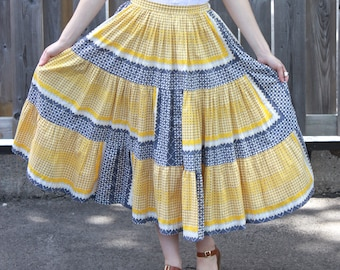 Vintage 1950s Folk Print Cotton Full Skirt XS S - Country Fair - High Waisted - Rockabilly - Prairie Skirt
