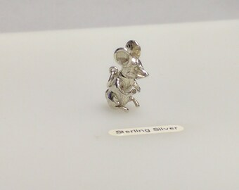 Silver Moving Mouse Charm