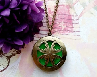 Aromatherapy Necklace, Bronze Essential Oil Diffuser, Diffuser Pendant, Locket Necklace, Womens Necklace, 3.175 cm Round, Gift For Her, 1 Pc