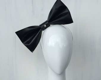 ANIKA: black bow fascinator - races, special events