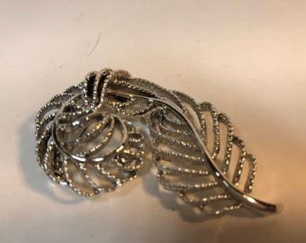 Vintage Silver tone Feather shape brooch signed Gerry's