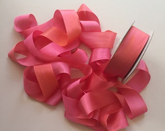 1 metre of 32mm variegated silk ribbon - Colour V103