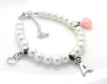 Personalized flower girl bracelet, flower girl gift, childrens pearl bracelet, personalized childrens gift, ,kids charm bracelet