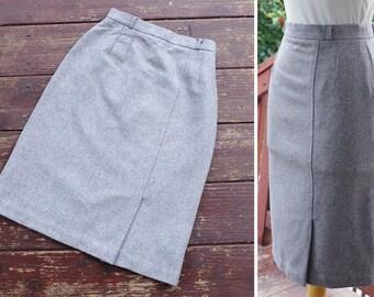 "DOVE 1970's 80's Vintage Light Grey Wool Pencil Skirt w/ Side Kick Pleat // size XS Small // Waist 24"" // by KING'S"