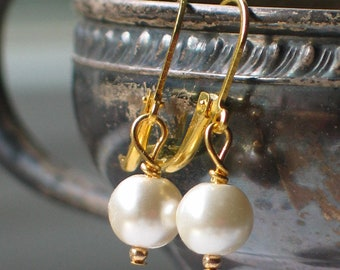 Gold and Ivory Glass pearl Earrings, 18th century jewelry, 19th century jewelry, Georgian Jewelry