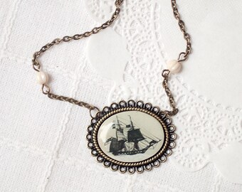 Pirate ship necklace, Vintage Ship necklace, Boat necklace, Nautical jewelry, Retro necklace, Pirate jewelry women necklace, Traveler gift