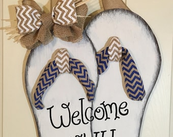 Rustic Flip Flop Door Hanger/Welcome Y'all!/Summer/Beach/Personalized/Birthday/4th of July/Summertime/Wedding/Swimming Pool/Swim/Sandals