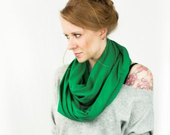 Kelly Green Infinity Scarf, Green Scarf, Jersey Scarf, Circle Scarf, Womens Scarf, Womens Gift for Her, Mother Gift, Spring Fashion