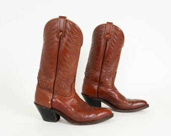 Vintage 1970s 80s Mens Size 7.5/Womens 9 Shoes, Acme Caramel Brown Leather Cowboy Boots, Stitched Shaft Pointy Toe