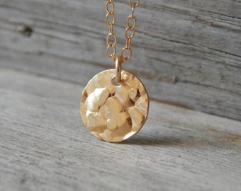 Hammered disc necklace, Dainty hammered necklace, Gold filled, Everyday jewelry by viartvi