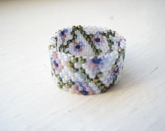 Beaded ring, bead woven ring, seed bead ring, peyote stitch ring, size 7 ring, size 7 bead ring, beadwork ring, glass ring, floral ring