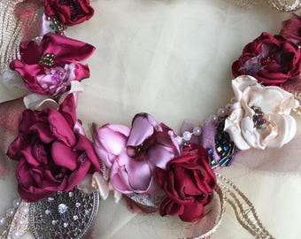 Romantic rose statement  necklace