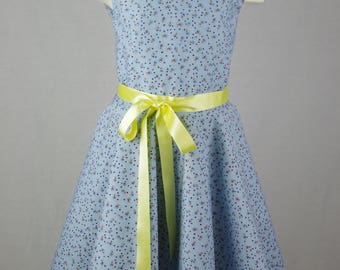 The dress is made of pure cotton.