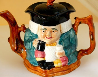 Petite Toby Jug Teapot with portly Colonial Gentleman in Powerdered Wig with Tricorner Hat faces both front and back